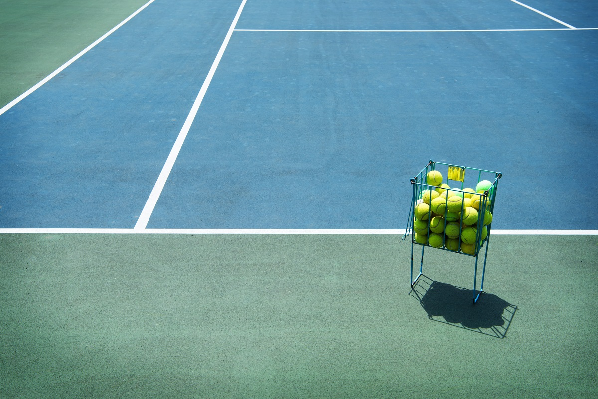 How to Choose the Best Tennis Court Builders